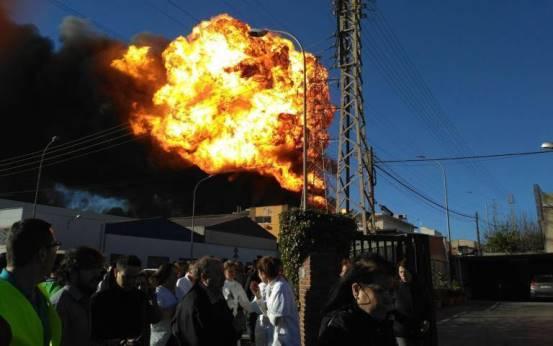 Fedaoc reclama más exigencia en las certificaciones industriales tras el incendio de Paterna
