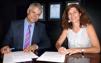 Firma Acuerdo de Colaboración ENAC-FEDAOC