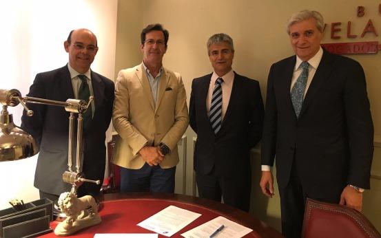 Firma Convenio de Colaboración AEMIAT-FEDAOC